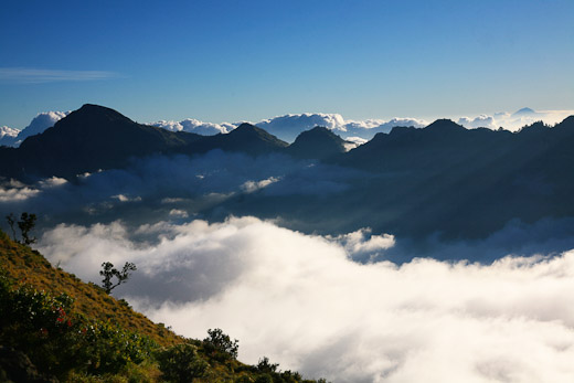 Gunung rinjani - Gunung Rinjani Tercantik Di Indonesia