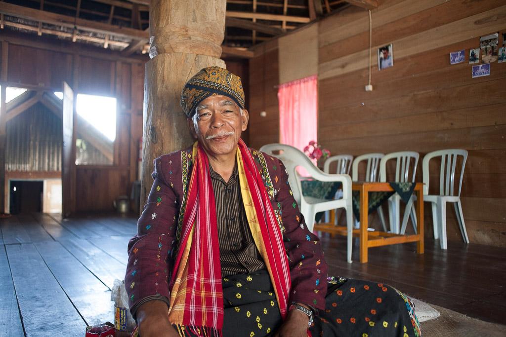 Lambertus, Bapak kepala Desa Compang Ruteng