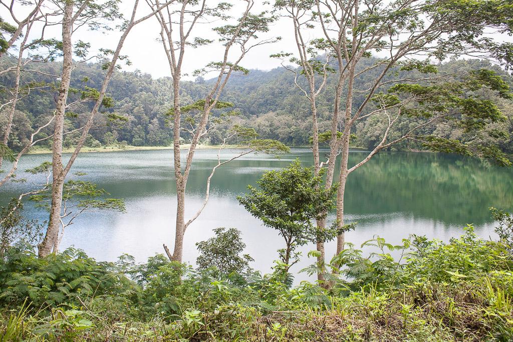 Danau Ranamese yang sepi
