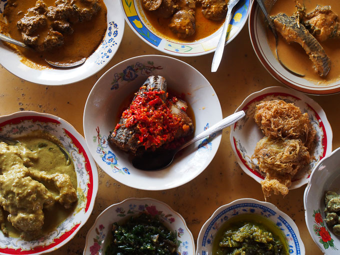 Rumah makan takanao juo