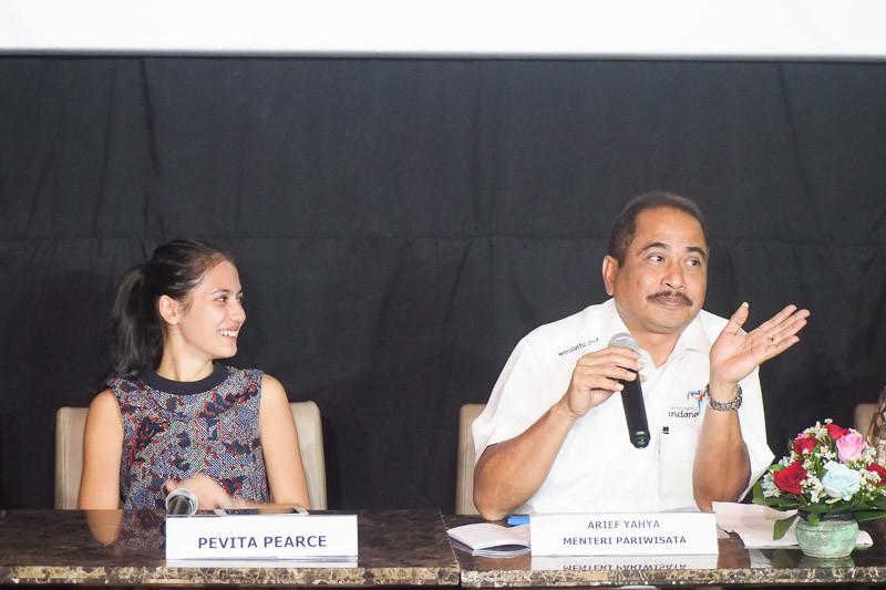 Menteri Pariwisata Arief Yahya dan Pevita Pearce