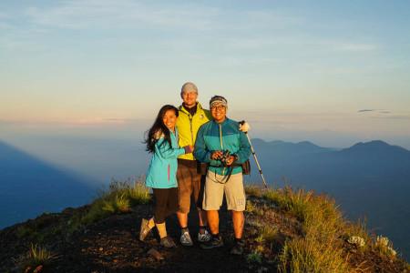 Mendaki Puncak Tertinggi Pulau Bali