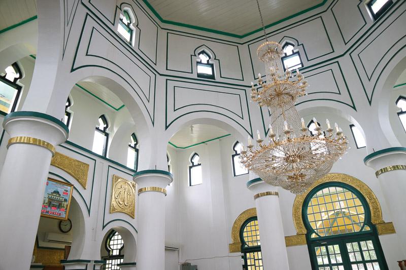 interior masjid raya siak