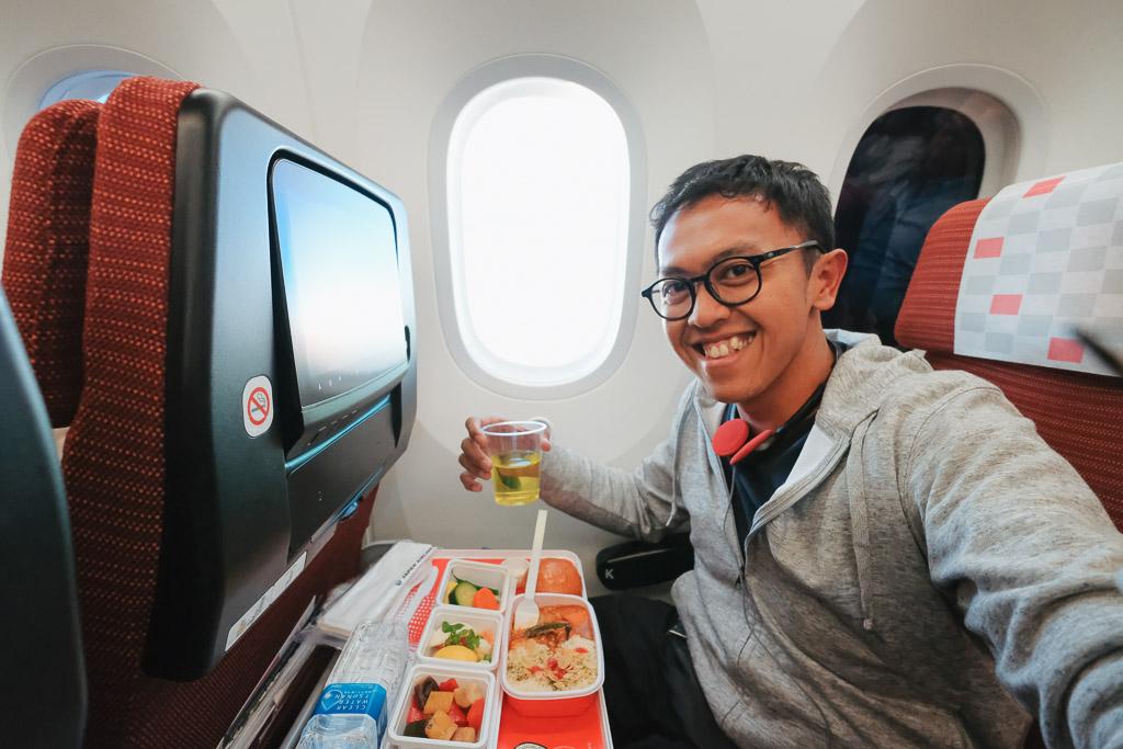 Review Pengalaman Naik Japan Airlines Dari Jakarta Ke Jepang Wira Nurmansyah